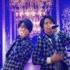 【動画】亀と山PがFNS歌謡祭2017で「背中越しのチャンス」を熱唱!