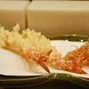豊洲の「天ぷら愛養」で椿(ワカサギ、牡蠣、フキノトウ、タラの芽他)。