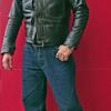 クッシュマンのユーズド加工ファーストタイプホースレザージャケットと同革のレザーベストを着用して!