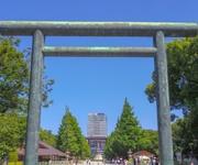 安倍前首相が靖国参拝報道に、日本国内のネット上で「怒りの声」が