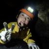 今日も親子で洞窟探検!