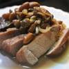 豚ロース肉と生ピーナッツの煮込みポルチーニソースかけ
