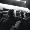 コロナの時代も満員電車は無くならない