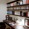 無味乾燥な書斎に手を加える。