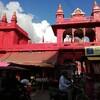 インドのバラナシに到着!南にある大学や寺院を見学