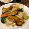 7月15日【昼のソト飲み】ビヤレストラン ミュンヘン、色々蒸し野菜、ザワークラウトの冷製、ガーリックトースト。