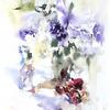 紫の花と枯れた赤い花