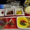 日本⇒アメリカ 飛行機とトランジットの話。飛行機で飲むビールはまわるよね。