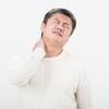 【首の痛み・肩こり】ベンチプレスとデスクワークの意外な共通点!頚椎の動きを正す方法とは?
