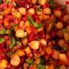 ✴︎ひよこ豆と柘榴とパプリカとラディッシュ酢漬けのサラダ(覚書き)、栗と芽キャベツとブロッコリーのロースト、縮緬キャベツと人参と雛豆のスープ