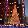 ラジオ・シティーのクリスマス飾り