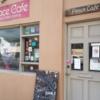 ハワイではビーガン系のカフェがすごく流行ってます。そのひとつ、ローカルで賑わうのが「Peace Cafe」