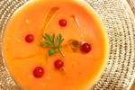 暑い日にサッパリ「トマトとライムの冷製スープの作り方」