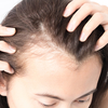ママの深刻な悩み事「産後の抜け毛」を、少しでも減らす2つの対策