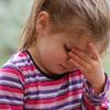 アレルギー性結膜炎は目薬で対処!出張帰りはハウスダストに要注意!