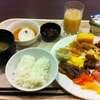札幌函館4 3位のホテル朝食とスーパー北斗で函館へ