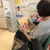 母、後発白内障手術を受ける