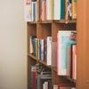 本棚にはコンプレックスが裸で並んでいる。