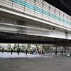 ジャンクションのある町 箱崎には、無機質な巨大構造物特有の閉塞感がある。