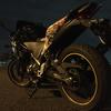 深夜の散歩とちらっとバイクの紹介!