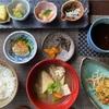 石川小芋と、そら豆の味噌がらめ