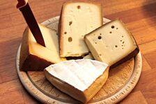 チーズの栄養・カロリー、効果効能。チーズは太る?ダイエット中でも大丈夫って本当?