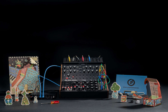 MOOGがセミモジュラー・アナログ・シンセ2台+必要アクセサリーをセットにしたMoog Sound Studio2種を発表
