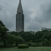 梅雨空の新宿御苑
