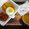 フライドチキンの人気店「Jollibee(ジョリビー)」で突然の朝食体験。@紅磡/ホンハム