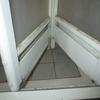 浴室二枚折り戸の故障、応急処置例