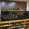 テレビ会議 Web会議で検索されていると思いきや・・・「会議室のモニターサイズ」!?