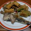 幸運な病のレシピ( 503 )夜:イワシ塩焼き、鯖ニラ汁、ゴーヤ豚味噌炒、厚揚げ照り照り
