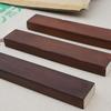 水性ステインとブライワックスをパイン材に重ね塗り。家具の塗装前に試し塗りする。