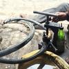 街角の自転車修理屋さん 【カンボジアを切り取る、今日の一枚 Vol.6】