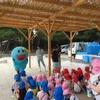唐津幼稚園の稚魚放流