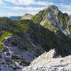 【北アルプス】雪渓を抱く山・針ノ木岳に登ってきました––スバリ岳,赤沢岳を経由して種池山荘へ縦走:③稜線を辿って種池山荘へ
