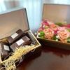 【母の日プレゼント】表参道『ラチュレ』の北海道発酵バターレーズンサンドとカーネーションに感謝の気持ちを込めて