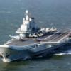 中国海軍の艦艇が南シナ海で海上パレード