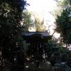 越木岩神社のパワースポット。甑岩(こしきいわ)という巨大な岩の御神体を一周するとご利益があるらしい【兵庫県西宮市甑岩町】