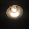 トイレの小型電球が切れるとめんどくさいから、LEDに交換した