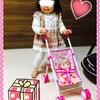 ☆ 人形用のベビーカーにメルちゃんを乗せて遊ぶ クリスマスプレゼント① 《1歳6ヶ月》