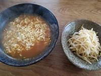 サッポロ一番味噌ラーメン。大人の美味しい食べ方。辛もやしで「もっと」美味しく食べよう。辛もやしのレシピ。