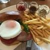 食歩記 丸の内 パレスホテル グランドキッチン 安定のハンバーガー!ランチドリンクメニューも掲載しました