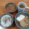 大根の味噌汁と大根と豆腐の煮つけ