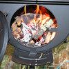 外は-10℃以下でもテント内は薪ストーブでポカポカの冬キャンプ?