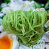 5月3日(木)翡翠色の麺の「冷たいラーメン」と、GWで盛況の焼鳥やっちゃん。