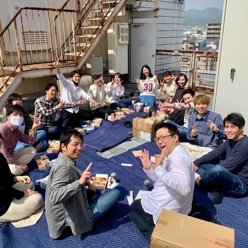 2021年、Baseconnectのオフィスde花見を開催中!