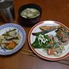 幸運な病のレシピ( 880 )朝:鮭、煮しめ、ローストビーフ(新年の半額値段)