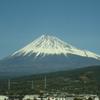 車窓からの富士山 。