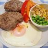 食べ応えアリの粗挽き牛豚合挽ハンバーグ